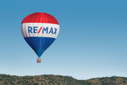 RE/MAX Real Estate Limited Logo