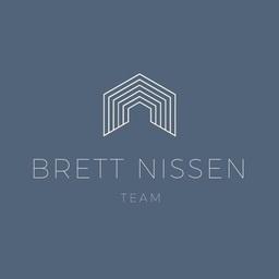 The Brett Nissen Team of Momentum Realty Logo