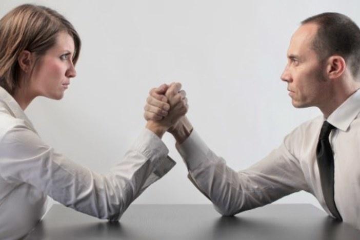 leverage_vs_pay_cash