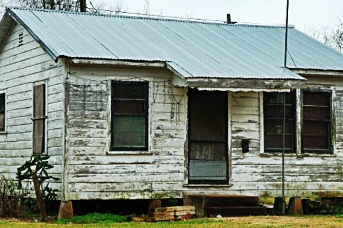 d-class-house