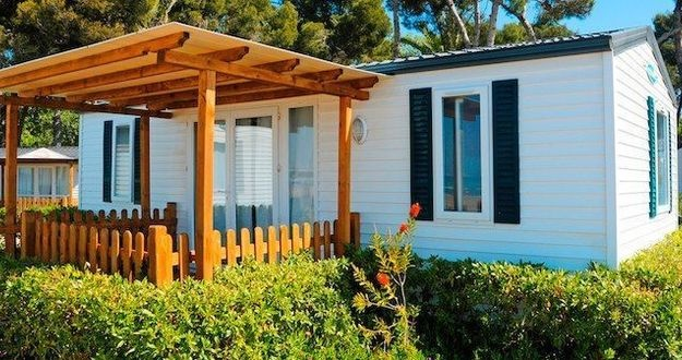 Lead mobile home seller